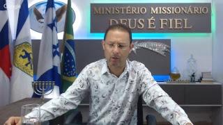 """""""DEUS QUER FALAR CONTIGO"""" Posso orar por você? Com o Profeta Missionário Marcelo Gomes."""