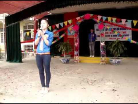 Phần thi chào hỏi chi đoàn 12C4 - Trường THPT Nguyễn Bình