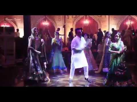 Tareefan . Dance video ( Mr .Pooh )