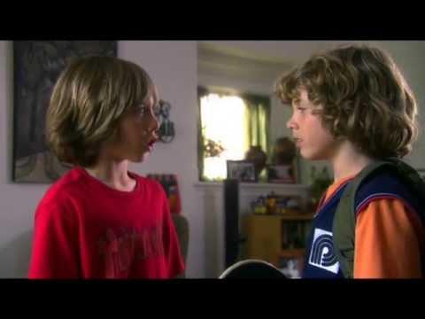 Trailer do filme Nic e Tristan em Mega Dega