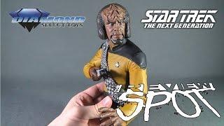Collectible Spot - Diamond Select Star Trek The Next Generation Worf Bust Bank