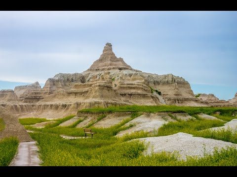 Visiting Badlands National Park, National Park in South Dakota, United States