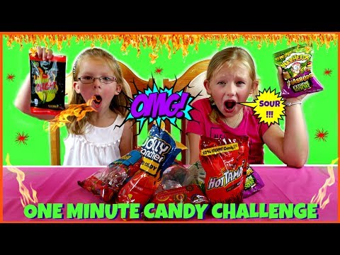 ONE MINUTE CANDY CHALLENGE - Magic Box Toys Collector