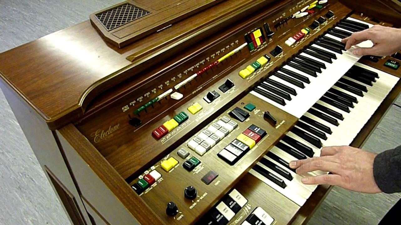 Yamaha c605 electone organ improvisation youtube for Yamaha electone organ models