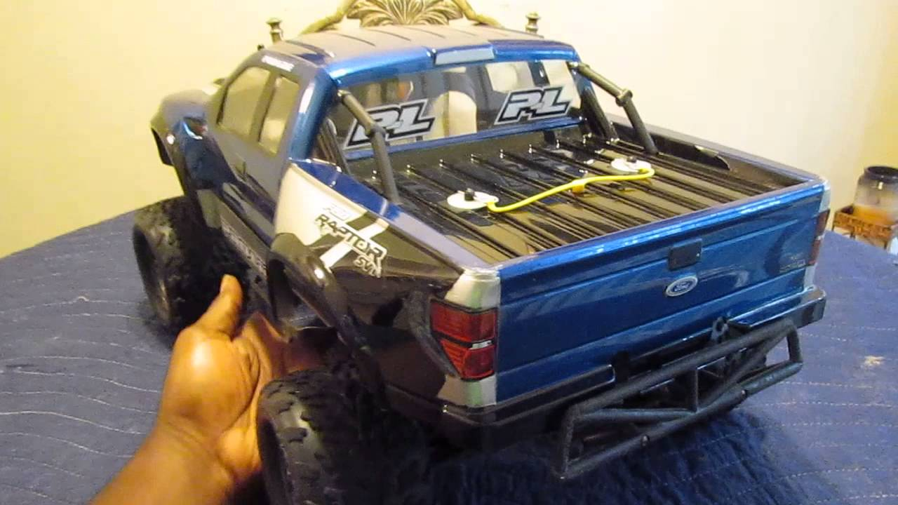 Traxxas Slash 4x4 True Scale Ford Raptor SVT Body
