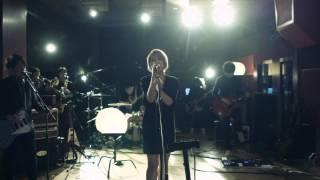 これはla la larksのニューシングル『ハレルヤ』の リリースを記念して...
