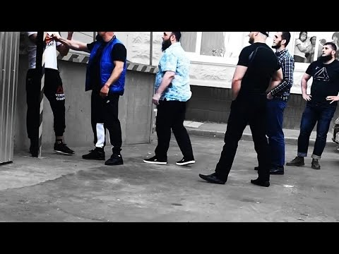 5 Muslims versus 1 Russian | fight