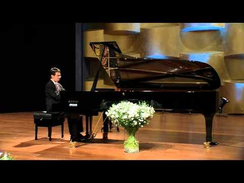 Rachmaninov - Etude Tableau in D minor, op. 33 no. 4 - John Chen