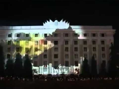Amazing 3D light show on a building [Must Watch]