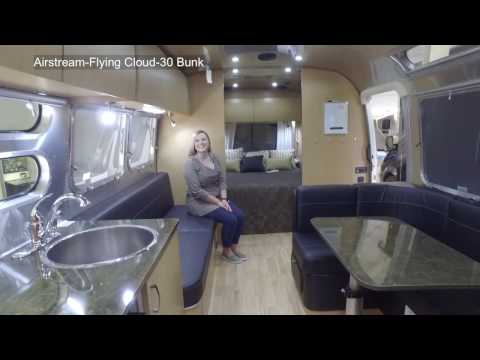 Airstream-Flying Cloud-30 Bunk