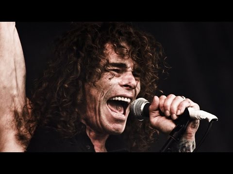 OVERKILL's Bobby Blitz on 'The Grinding Wheel', Songwriting & VIP Package for Fans (2017)