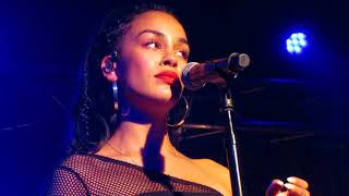 "Jorja Smith - ""Goodbyes"" (Live in Boston)"