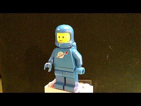 LEGO Haul Trade BrickLover24 plus Bricklink Order - Vintage Benny with Cracked Helmet
