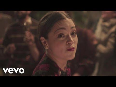 Natalia Lafourcade en manos de Los Macorinos - 'Tú sí sabes quererme', anticipo de su nuevo disco 'Musas'.