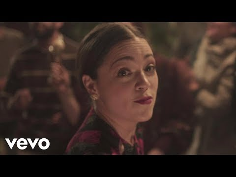 Natalia Lafourcade - Tú sí sabes quererme (en manos de Los Macorinos)