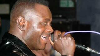 Simon Chimbetu- Vana Naye.