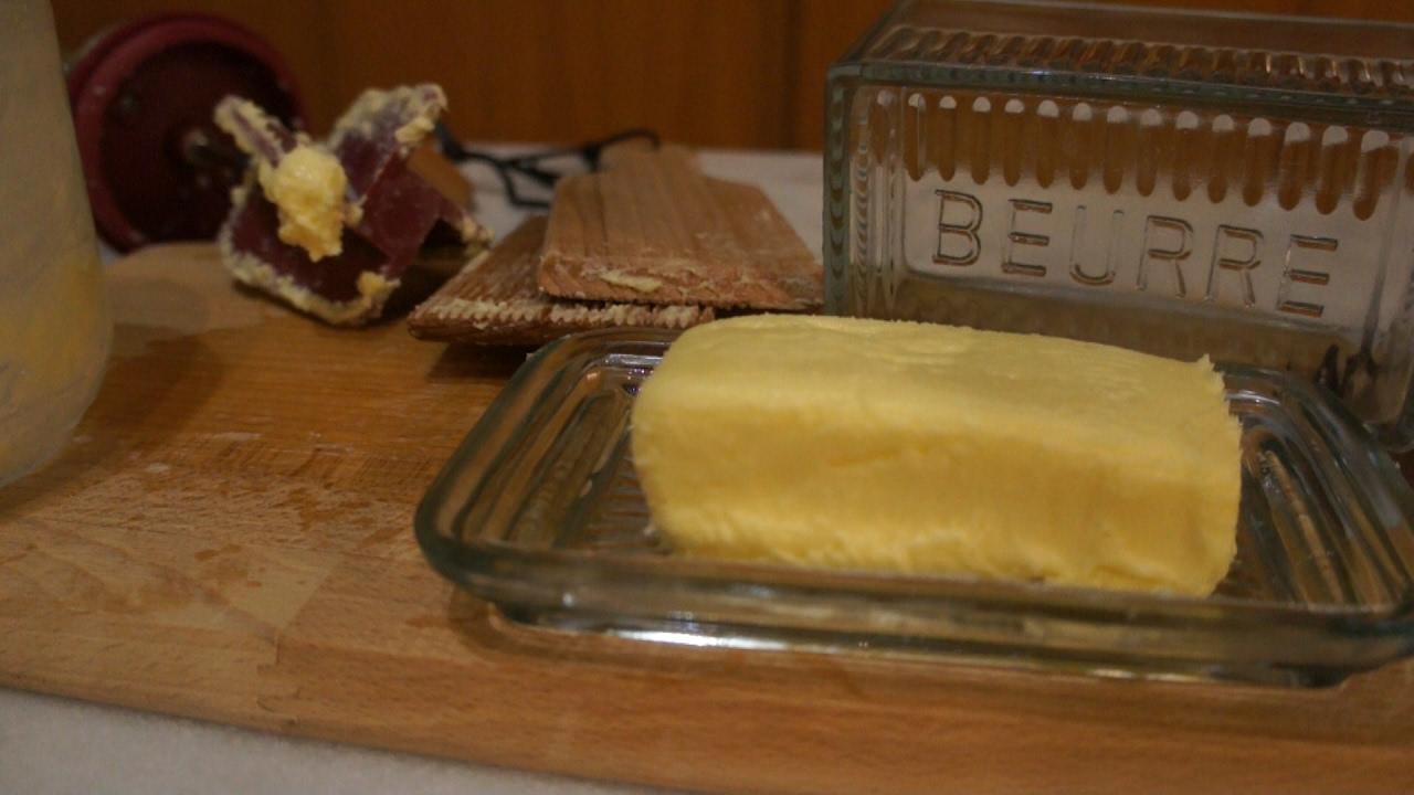 Comment faire du beurre maison viyoutube - Comment faire du desherbant ...