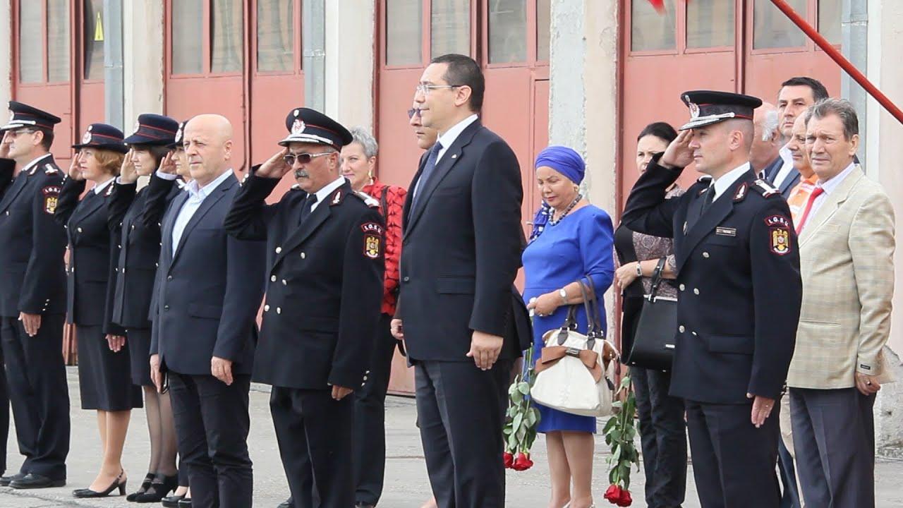 Primul-ministru Victor Ponta și Raed Arafat - elicopter medicalizat pentru Delta Dunării