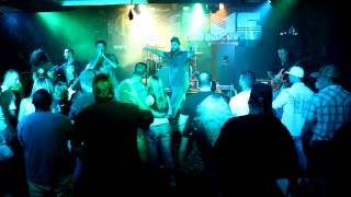 Engine 69 Performs At The 19th Hole In The Woodlands - 10:20:2012.mov