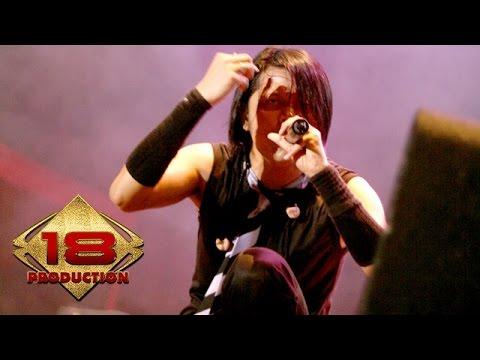 GIGI - Kepastian Yang Kutunggu (Live Konser Probolinggo 6 April 2008)