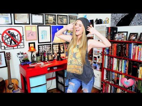 Megan and Liz: Hunger Games T-Shirt How To Ft. Threadbanger   LifeOfMeganandLiz