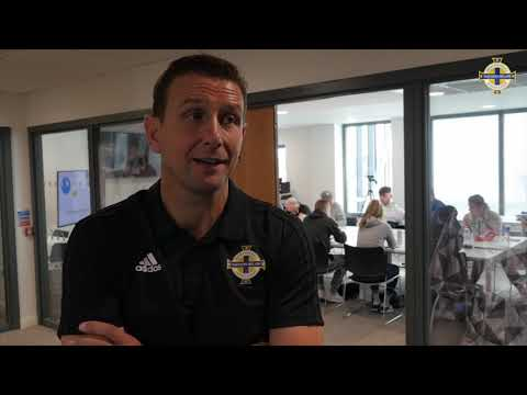 Ian Baraclough delivers talk to University of Ulster students