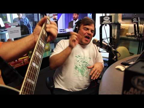 Tenacious D sing 'Roadie' on The Petros and Money Show