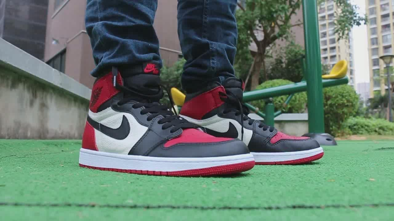 buy air jordan 1 bred toe on feet