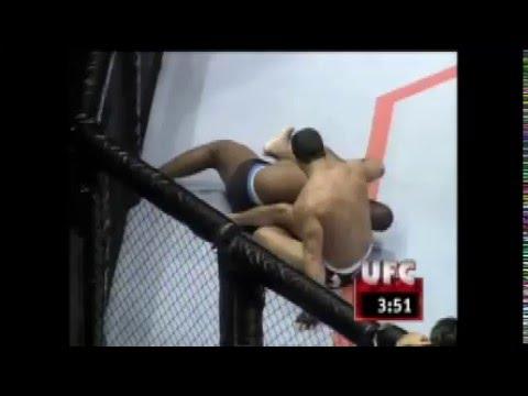Luta Entre Vitor Belfort E Joe Charles, No UFC Japão, Em 1997