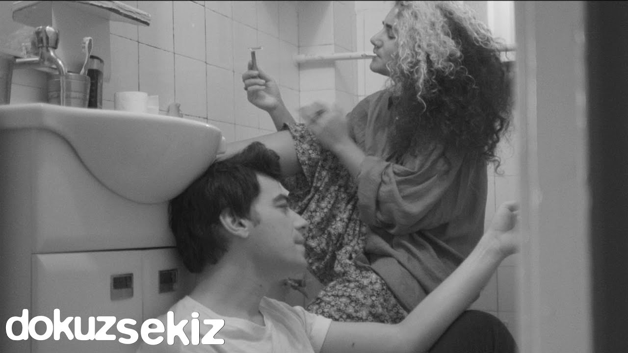 Berkant Ali & Özge Arslan - Vertigo (Official Akustik Video)
