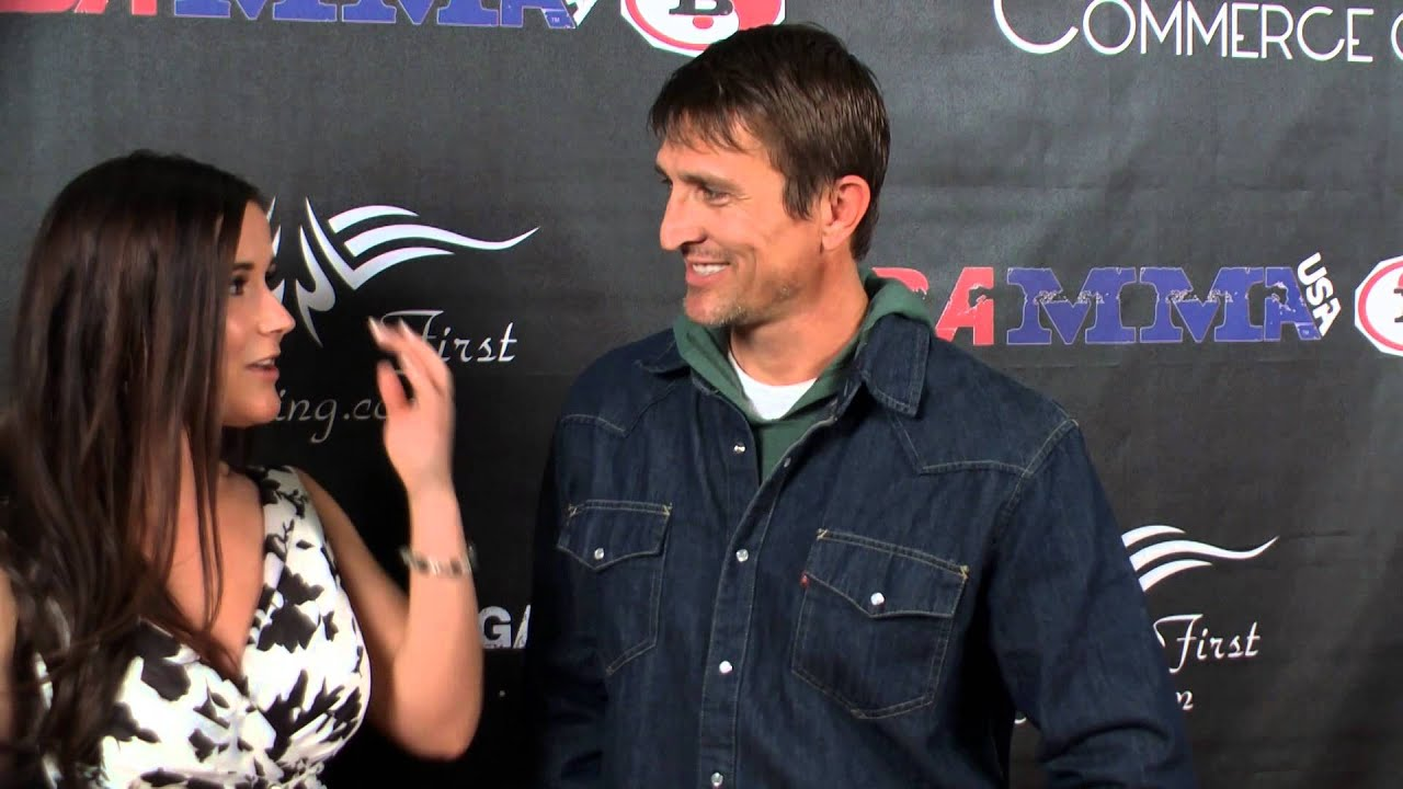 Thomas Brown Badbeat 12 Red Carpet Interview Youtube His wife sarah (jobeth williams), believing him to be dead, has married again. thomas brown badbeat 12 red carpet interview