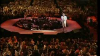 "Kenny Rogers Live ""Love the World Away"" +""Through The Years"""