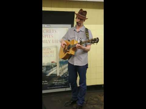 London Busker singing Streets of London by Ralph Mc Tell 1/3