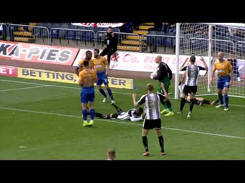 Mansfield v Notts County
