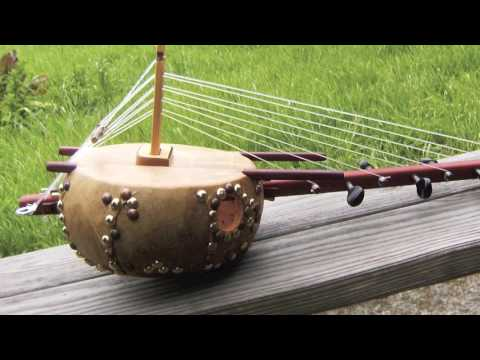 Small 8 String Kora Demo