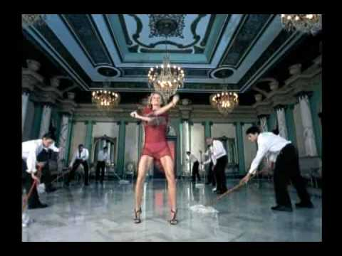 Клип Paulina Rubio - Baila Casanova