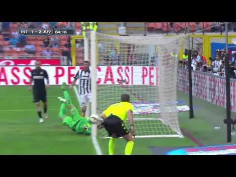 Amazing save from Marco Storari opposite Mauro Icardi (Inter-Juve 1-2, 2015)