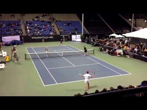 Sharapova & Friends - Sharapova & Chelsea Handler vs Roddick & Will Arnett