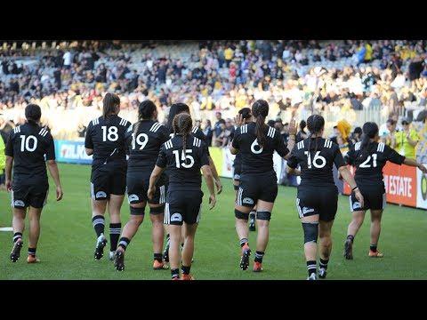 Black Ferns visit Perth rugby club