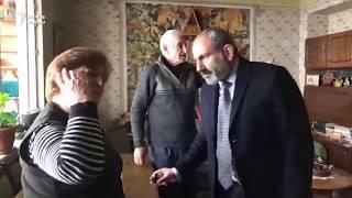 Nikol Paşinyan qapı-qapı düşüb səs yığır