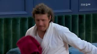 """""""Barwy szczęścia"""" – Kumpel w potrzebie? – scena z odc. 2009"""