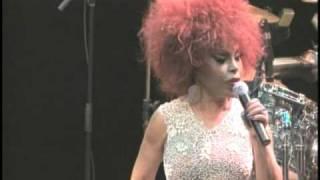 """Elza Soares canta """"Pranto de Poeta"""" (Nelson Cavaquinho e Guilherme de Brito)"""