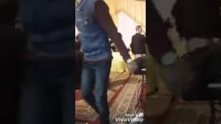 شاهد رقصة غريبة و مضحكة ل مشرمل في حفلات المغرب