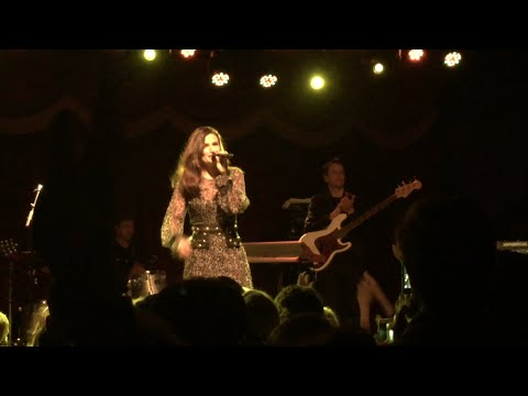 #IdinaParty - Idina Menzel Album Release Party Full Performance