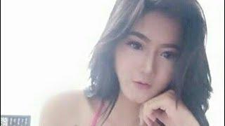 Video Model Indo Hot Nyaris Telanjang di Kamar Ganti download MP3, 3GP, MP4, WEBM, AVI, FLV September 2018