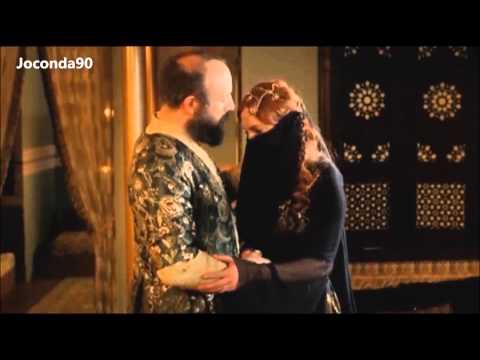 Сулейман целует Хюррем  в обгоревшее лицо