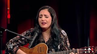 نبيلة معان تؤدي أغنية حين قالت التي ألفها والدها عام 1968