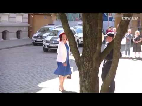 Solvita Āboltiņa & Instrumenti - Zemeslodes