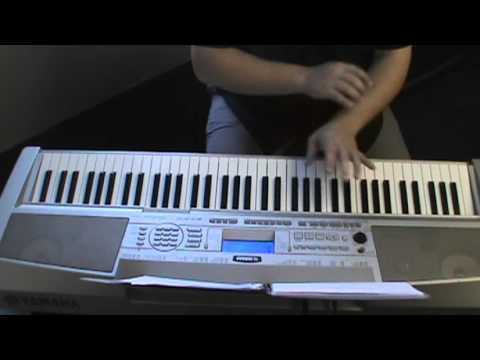 Piano urban piano chords : Urban Gospel Chord endings using major 9's - YouTube