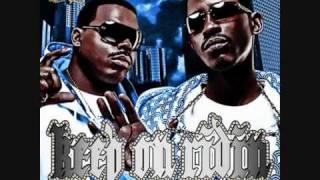 01.Tha Dogg Pound -  We Da West (Feat. Snoop Dogg, Badlucc, Damani, Problem & Soopafly).wmv